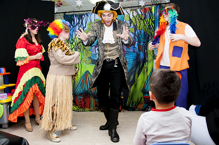 Starlight Christmas Pantomime brings festive magic to young patients at St Peter's Hospital - Read the article